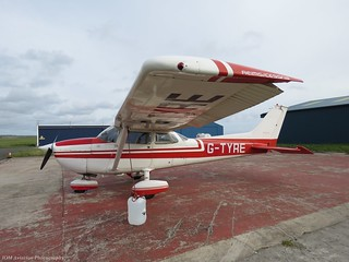 Cessna 172 G-TYRE at Isle of Man EGNS 25/10/15