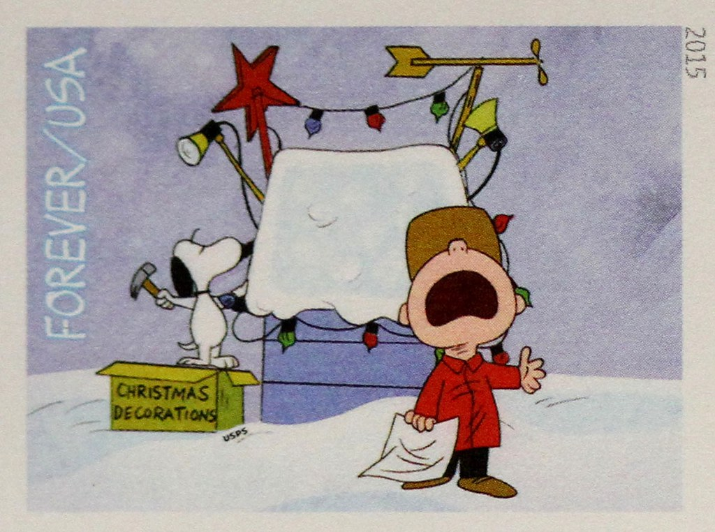 Christmas Snoopy.Charlie Brown Christmas Snoopy Gets In The Spirit This Yea