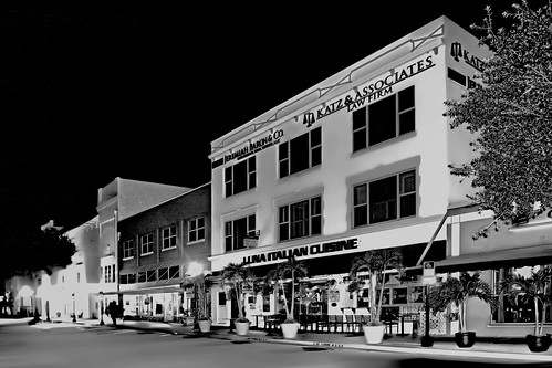 stuart urbancenter sunshinestate martincounty southerncity historicdowntown longexposure city nikond7100 realestate cityskyline sailfishcapitoloftheworld