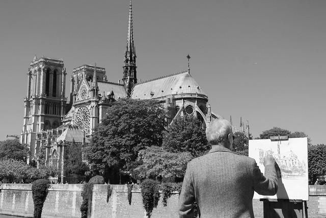 Dibujando a Notre Dame