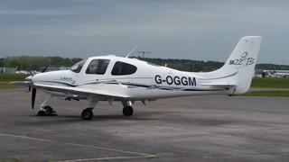 G-OGGM Cirrus SR22