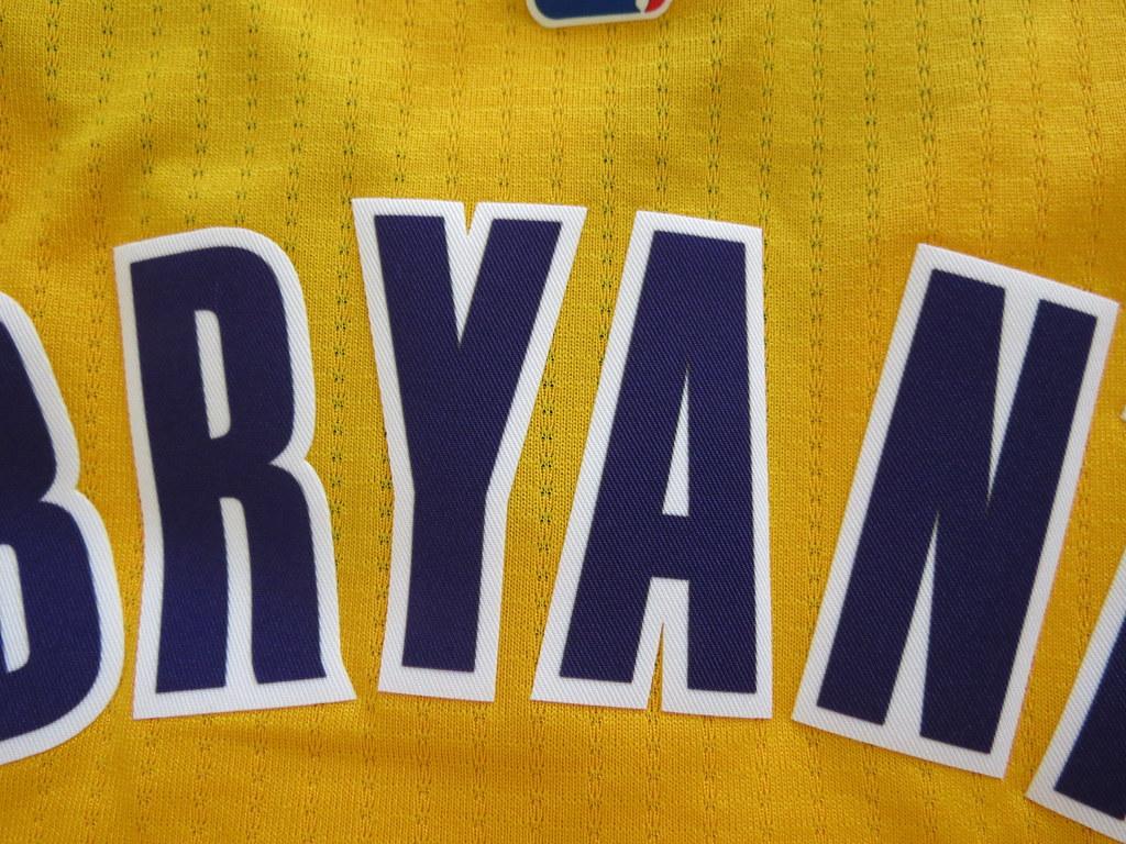 online store d6f47 5fa59 Kobe Bryant Los Angeles Lakers NBA New Swingman Jersey - P ...