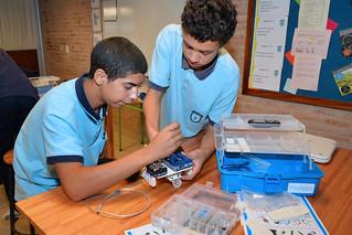 Robot Diplomacy en Liceo Impulso   by U.S. Embassy Montevideo