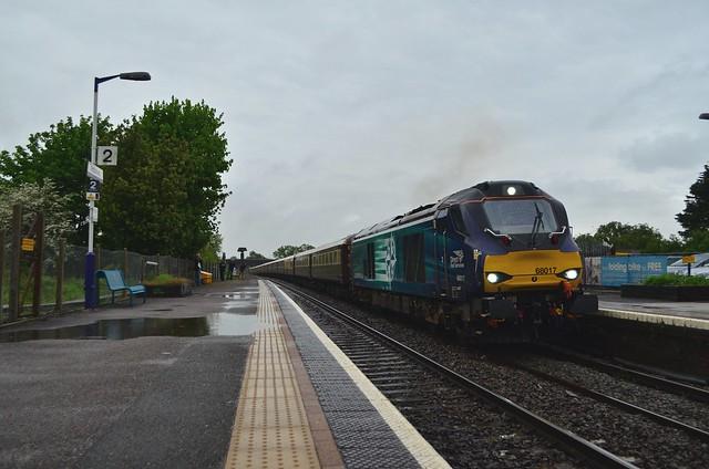 "68017 'Hornet' passes Patchway with UK Railtours ""The Welsh Dragon"" charter Carmarthen - London Paddington - 21/05/16"