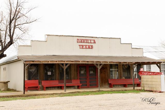 Davilla, Texas