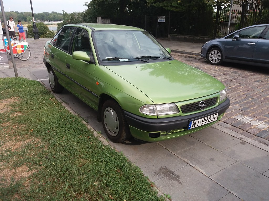 Opel Astra F Classic 1 6i The Highly Unusual Colour Prompt Flickr