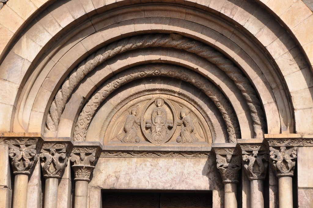 Cornellà de Conflent. Church of St. Mary, formerly a monastery of regular canons. Portal. 12th C.