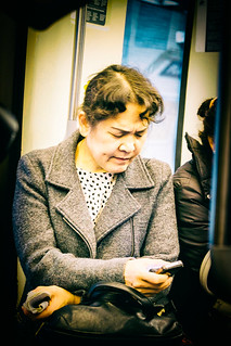 Only with the smartphone on the subway / Seul avec le smartphone dnas le métro | by Napafloma-Photographe