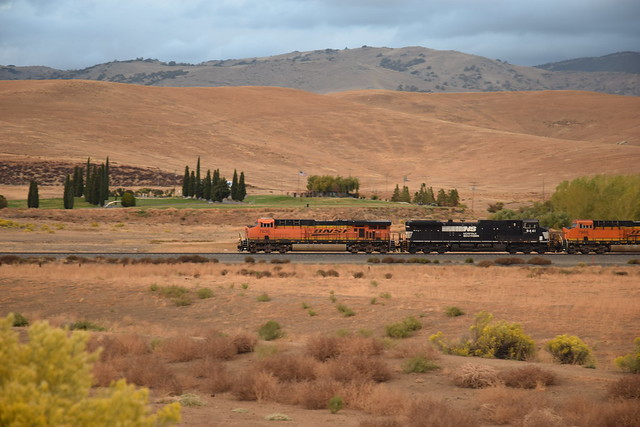 BNSF 7636 at Tehachapi
