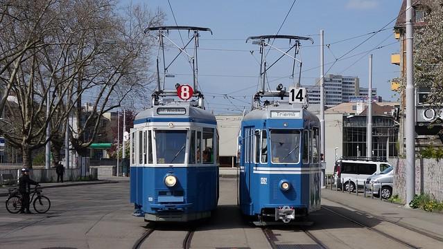 Tram Museum Zürich 2016  -  Ce 4/4 1392 und 1530 beim Bahnhof Wiedikon in Zürich