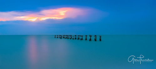 sony a7r2 sonya7r2 zeissfe1635mmf4zaoss ilce7rm2 fx fullframe longexposure scenic landscape waterscape nature outdoors sky clouds colors reflections sunset beach tropical turquoise azure pier birds naples florida southwestflorida gulfofmexico