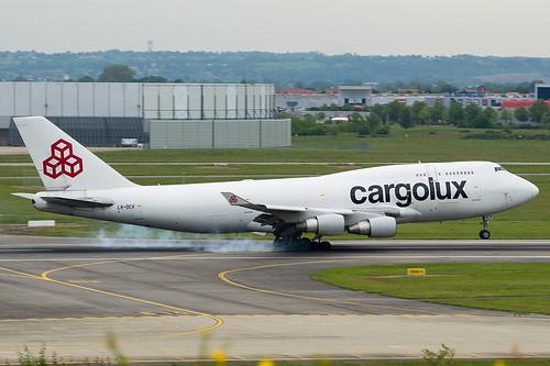 Cargolux B747 (LX-DCV) landing @ LFBO | by carlos-pn