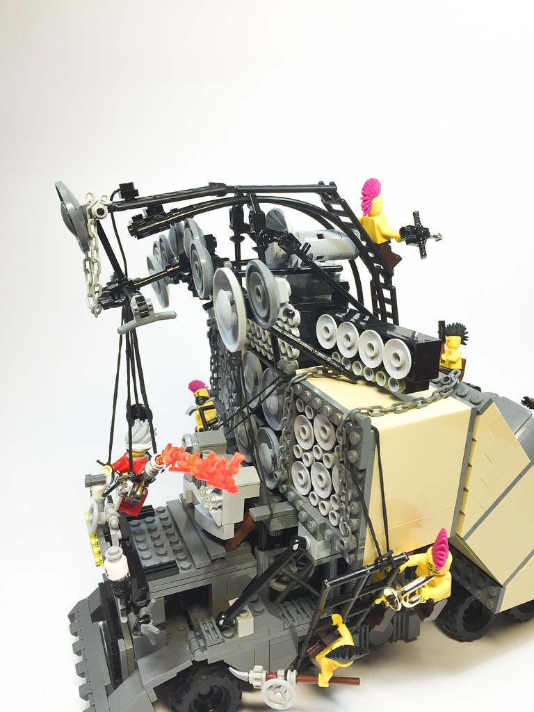 Earsplitter / Doof Wagon (ver. 2)