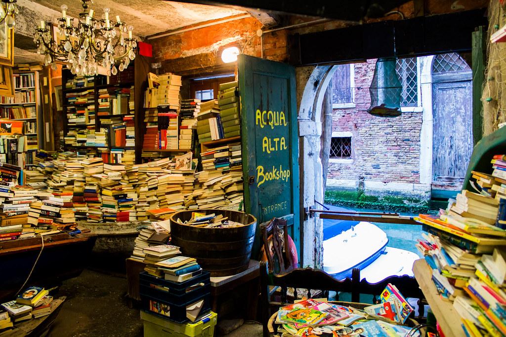 photo of acqua alta bookstore