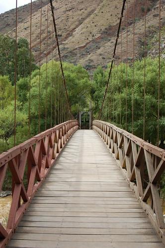 Bridge near Kotosh, Huánuco, Peru   by blueskylimit