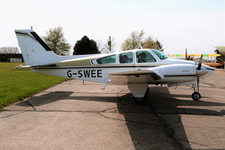 Beechcraft Beech 95-B55 Baron G-SWEE