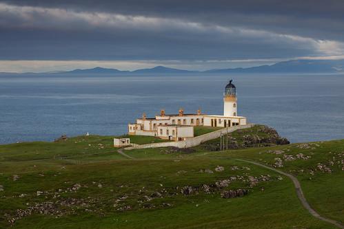 uk lighthouse skye sunrise point scotland isle neist