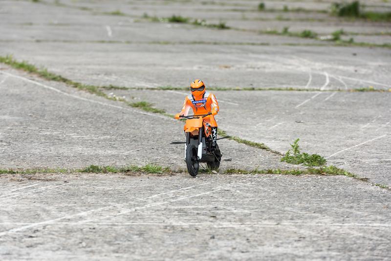 Glenn's RC bike.