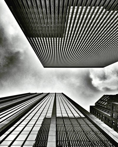 Just looking Up  #newyork #nyc #newyorkcity #manhattan #lookingup #Up #architecture #archilovers #building #buildings #skyscraper #sky #clouds #cloudporn #Travel #travelgram #trip #blackandwhite #bw #iloveny #ilovenyc #newyorkphoto #instacool #instanewyor | by Mario De Carli