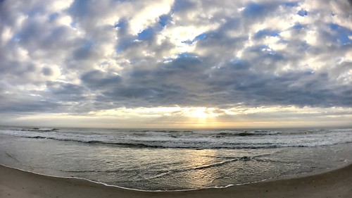 wrightsvillebeachnc atlanticocean sunrise beach iphone7plus olloclip ollocliplens