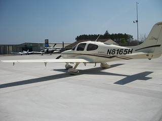 N8165H Cirrus SR22 (15)