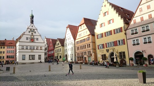 Rothenburg ob der Tauber   by jarleheed