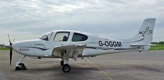 G-OGGM. Cirrus Design SR22 GTS.