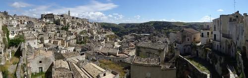 De beide delen van Matera (oude stad) ....