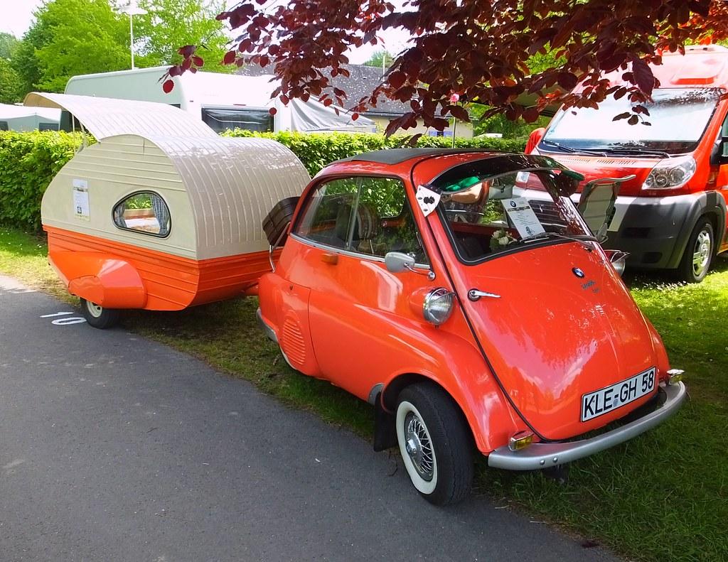 Isetta BMW et caravane