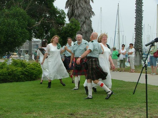 C_Scottish Country Dancers 108