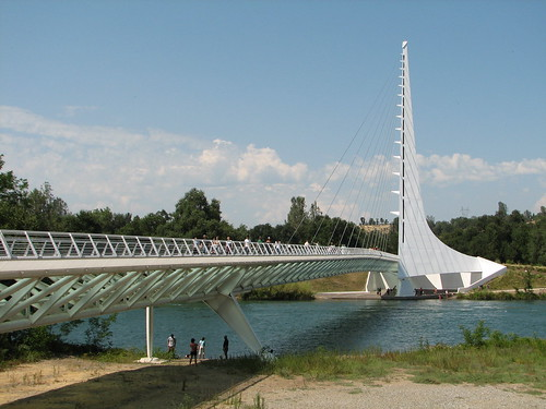 The Sundial Bridge | by lazytom