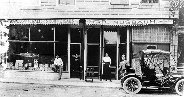 1912 - 100 Block N Center Street looking west