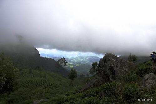 sky mountain fog landscape view tea himmel wolken highland srilanka landschaft couds goodlight perfektmoment teeland