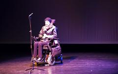Una mujer, en estado parapléjico a consecuencia de un accidente de tráfico, cuenta su experiencia al alumnado de Ermua.
