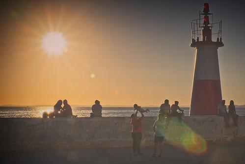 sol pôrdosol sun sunset sunlight luz light lighthouse farol amarelo yellow céu sky sea mar agua water flare caviardreams