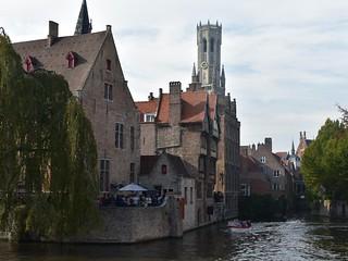 Canales en Brujas   by Erasmusenflandes