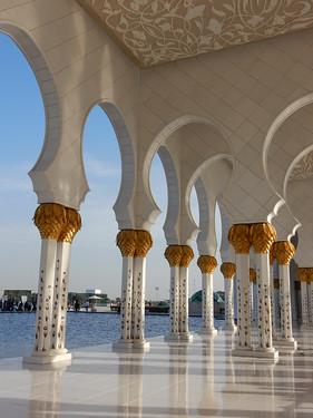 Abu Dhabi - Sheikh Zayed Grand Mosque - 6