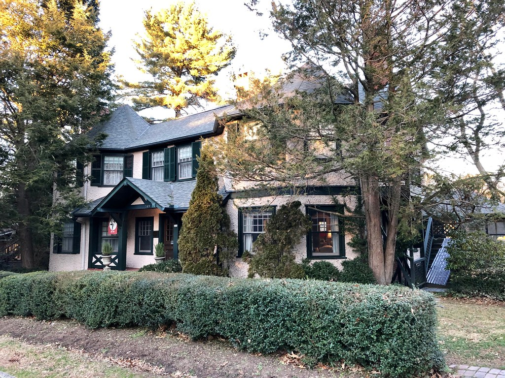 Pinecrest Bed and Breakfast, Montford, Asheville, NC