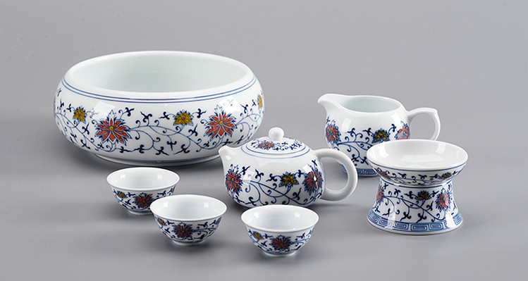 """Qing Hua Ci"" (Blue and White Porcelain) Twining Lotus Pattern Tea Sets including Gaiwan, Cup, Filter, Pot, Gongdaobei"