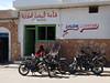 Festival International du Sahara: U holiče v Douz, foto: Petr Nejedlý