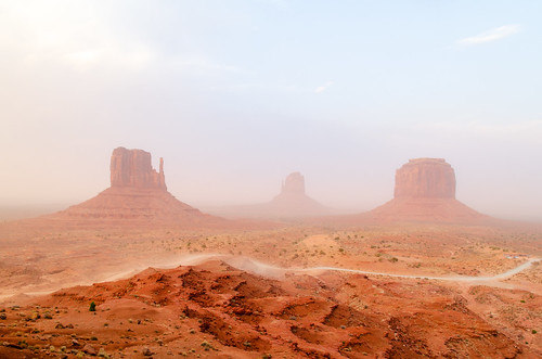 Monument Valley - Navajo Territory - Utah | by Julien | Quelques-notes.com