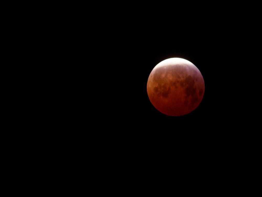 Moon Eclispe 2019 | Loïc Lezé | Flickr