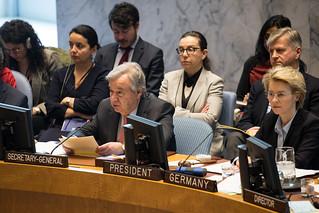 Sitzung des UN-Sicherheitsrates   by Offizieller Auftritt der Bundeswehr