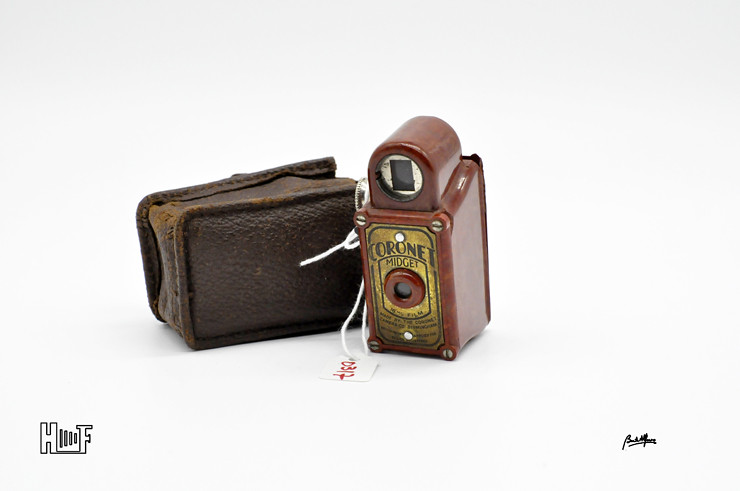 _DSC8924 Coronet Midget - Red