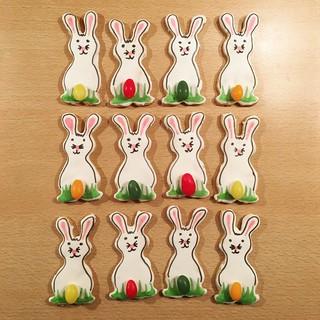 Osterkekse! 🐰😊 #ostern #ostern2019 #easter #eastercookies #osterhase #easterbunny #nomnomnom #cookies #cookiedesign #cookiedecoration | by tigermaus8