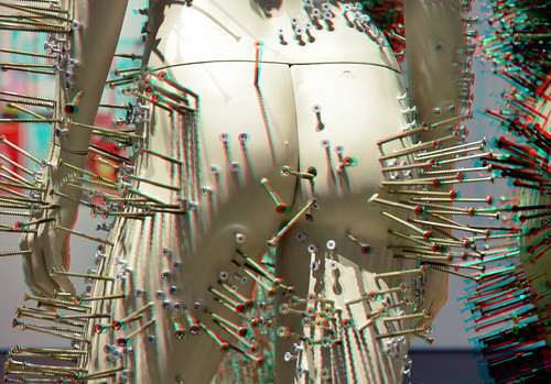 Clous-Mannequins (Colonne) by Thomas Hirschhorn in Kunsthal Rotterdam  3D | by wim hoppenbrouwers