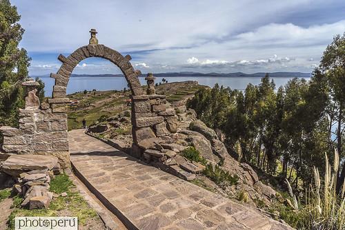 puno, titicaca | by Photo Peru Stock