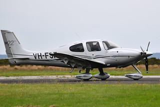 Cirrus SR22 VH-FSF Tooradin Airport