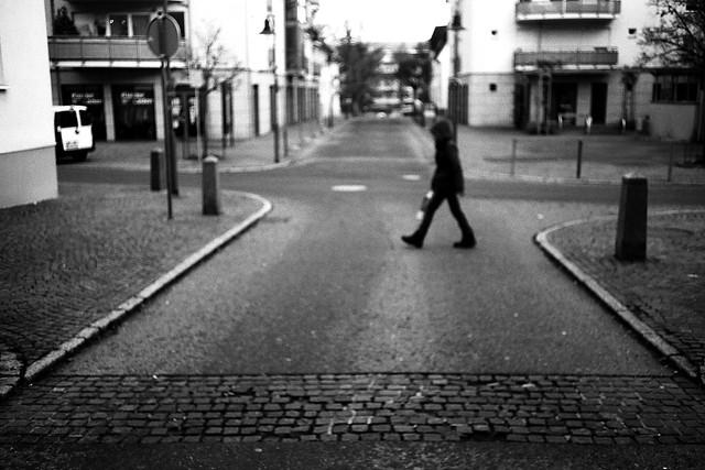 Just walking (Leica M6)