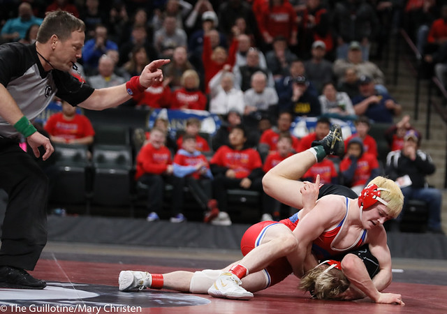 132AA 1st Place Match - Ryan Sokol (Simley) 51-0 won by fall over Charlie Pickell (Mankato West) 47-2 (Fall 5:56) - 190302BMC4475